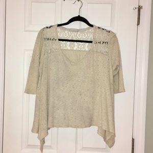 Flowy cream colored top with lace